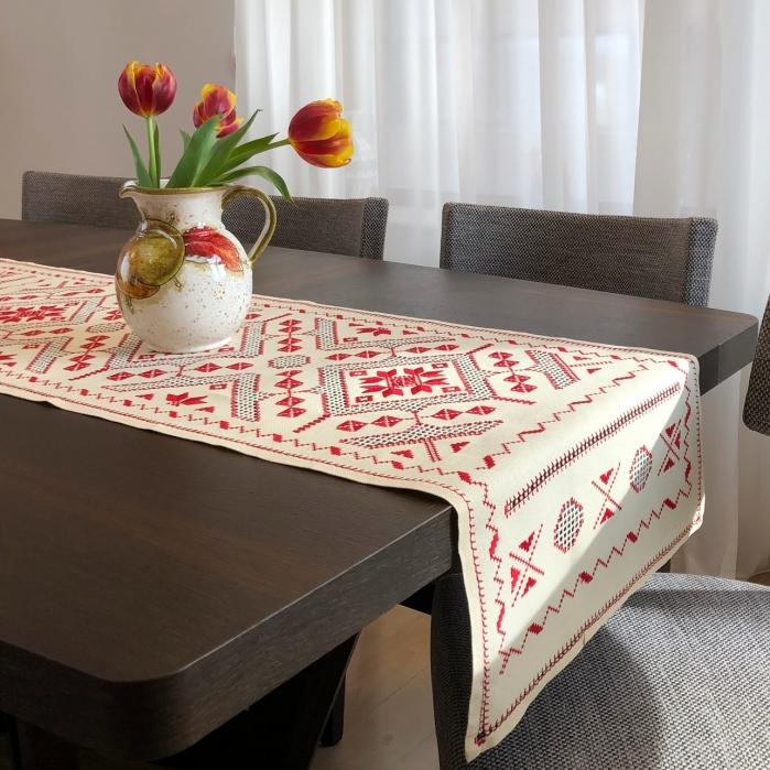 Șervet de masă - 0.5x1 m broderie roșie 0